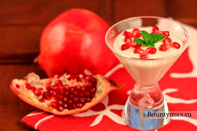 Мусс из белого шоколада с йогуртом