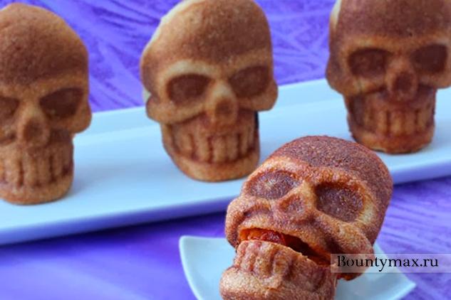 Мини пицца на хэллоуин в виде черепа
