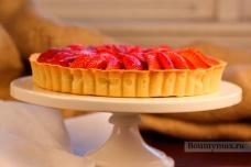 Лимонно-клубничный пирог
