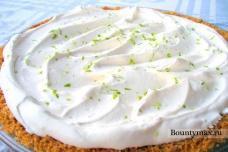 Лаймовый пирог со взбитыми сливками