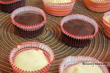 Шоколадные конфеты с миндально - черничной начинкой
