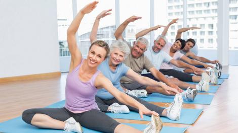 Как фитнес помогает нам стареть изящно