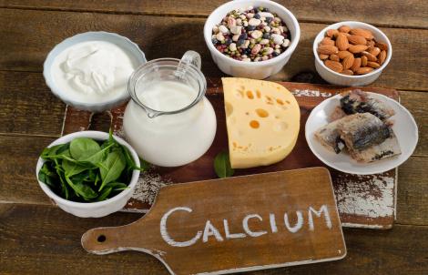 Чем полезен кальций для организма и откуда его получать?