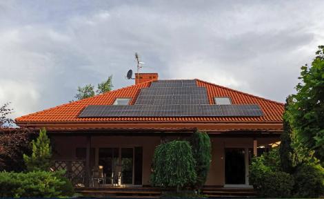 Стоит ли инвестировать в солнечные электростанции?