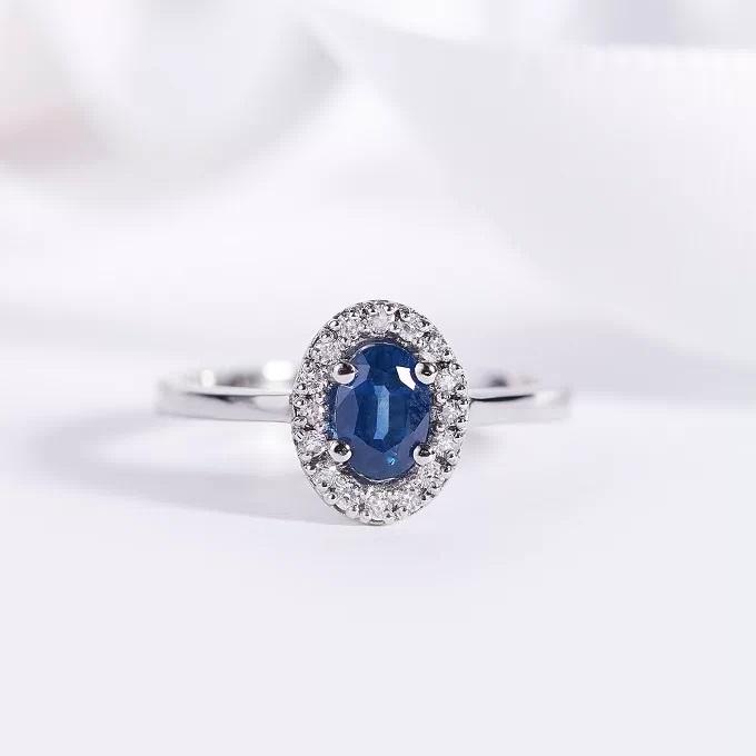 Сапфир - драгоценный камень цвета ночного неба